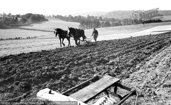 Photo of Leatherhead, Ploughing 1925