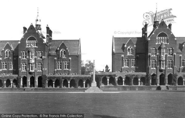 Photo of Leatherhead, St John's School c.1955