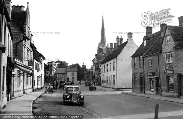 Photo of Lechlade, High Street And St Lawrence Church c.1955