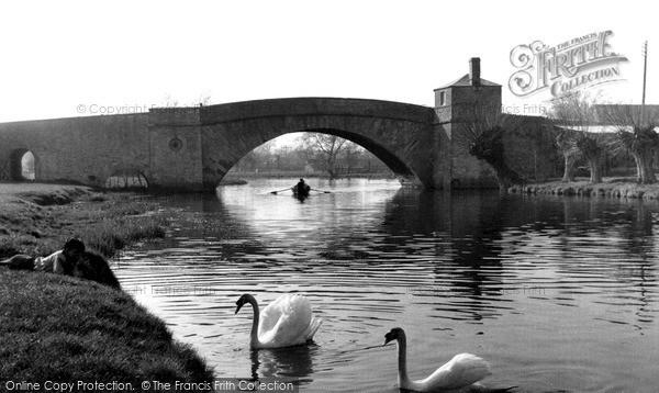 Photo of Lechlade, The Bridge c.1960