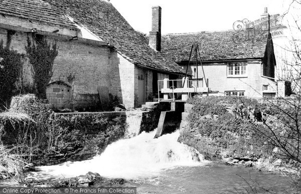 Lechlade,the Mill and Waterfall c1955,Gloucestershire
