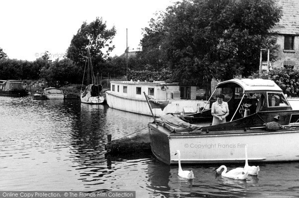 Photo of Lechlade, The Moorings c.1955