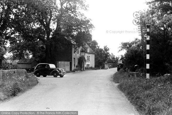 Photo of Lechlade, The Trout Inn c.1955