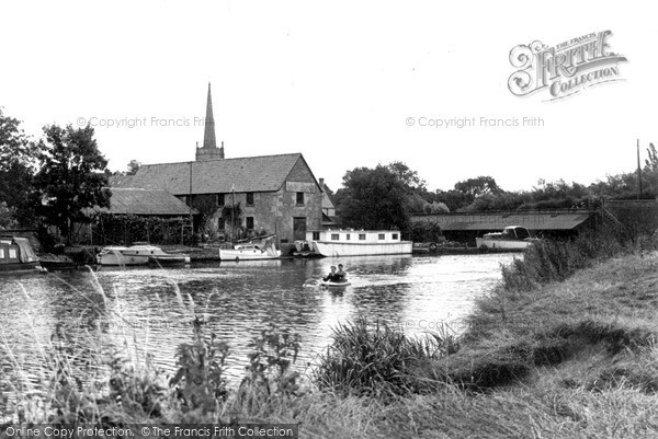 Photo of Lechlade, The Wharf c.1960