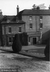 Country House c.1938, Ledbury