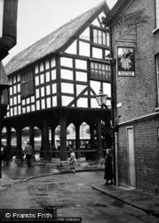 Ledbury, Market House And Milkmaid Milk Bar c.1950