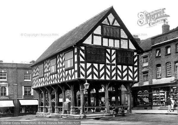 Ledbury, the Market Hall c1940