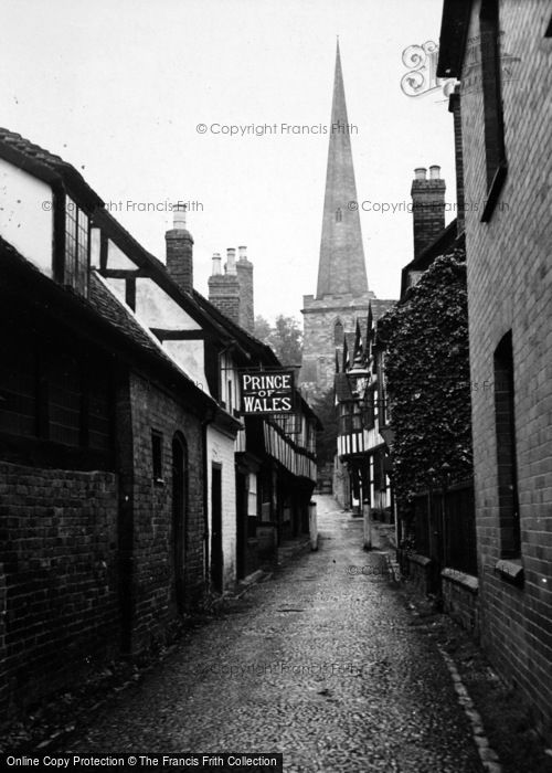 Photo of Ledbury, The Prince Of Wales And Church c.1950