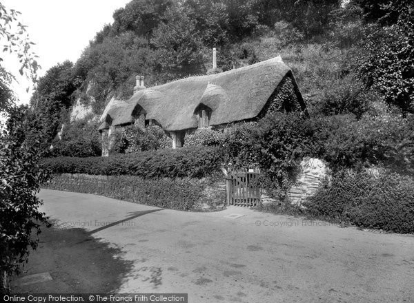 Lee, Old Maid's Cottage 1937