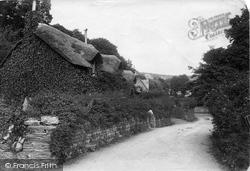 Old Maid's Cottage Ad1653 1911, Lee