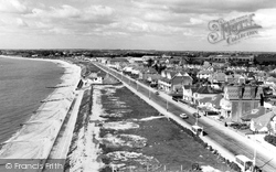Lee On The Solent, Beach Looking West From The Tower c.1960, Lee-on-The-Solent