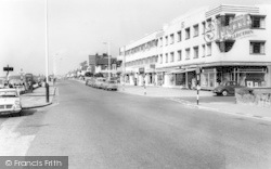 Lee On The Solent, Marine Parade West c.1960, Lee-on-The-Solent