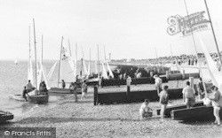 Lee On The Solent, The Beach c.1960