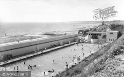 Lee On The Solent, The Children's Swimmimg Pool c.1960, Lee-on-The-Solent