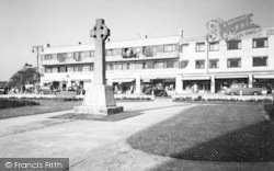 Lee On The Solent, The Memorial And Parade c.1960, Lee-on-The-Solent