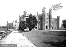 Leeds, Castle Courtyard 1892