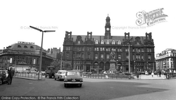 Photo of Leeds, City Centre c.1965
