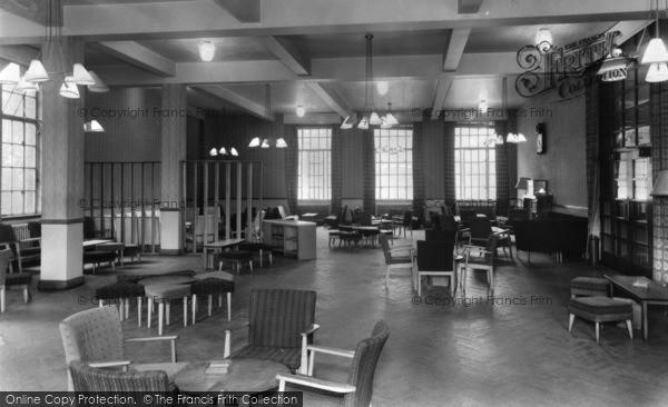 Photo of Leeds, Mouat Jones Union Building c.1960