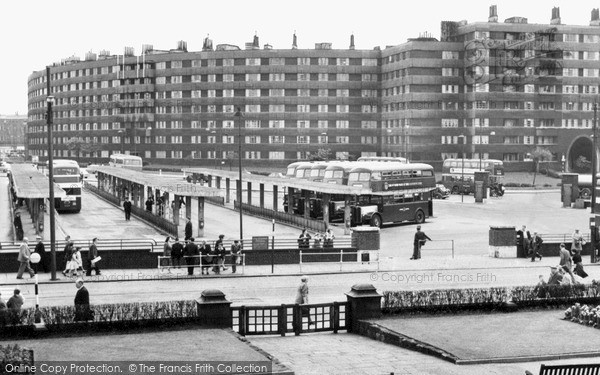 Photo of Leeds, The Bus Station And Quarry Hill Flats c.1960