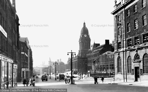 Photo of Leeds, The Headrow And Town Hall c.1955