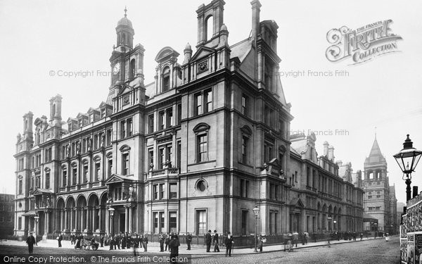 Photo of Leeds, The Post Office And Revenue Office 1897