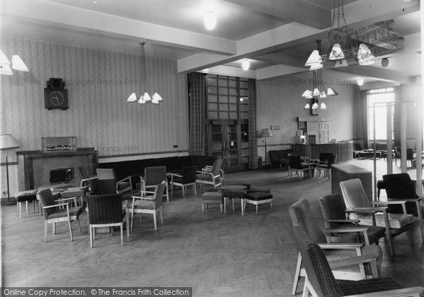 Photo of Leeds, The Union Buildings, Mouat Jones Lounge c.1960