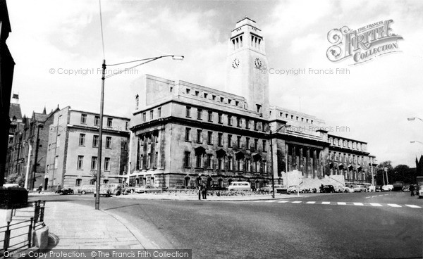 Photo of Leeds, University, The Parkinson Building c.1960