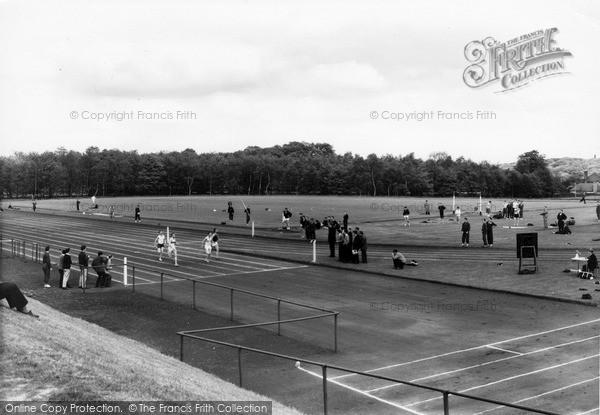 Photo of Leeds, University, Weetwood Athletic Grounds c.1960