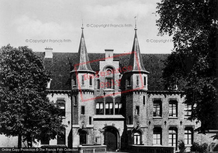 Photo of Leeuwarden, Blokhuistpoort Prison c.1930