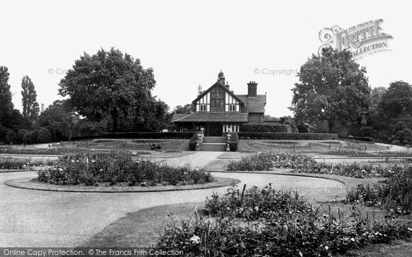 Photo of Leicester, Abbey Park c.1950