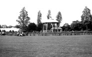 Leicester, Bandstand, Abbey Park c.1955