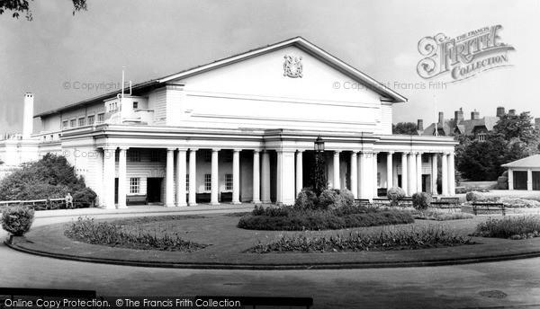 Photo of Leicester, De Montfort Hall, Regent Road c.1965