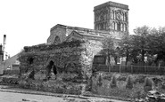 Leicester, The Church Of St Nicholas And The Jewry Wall c.1955