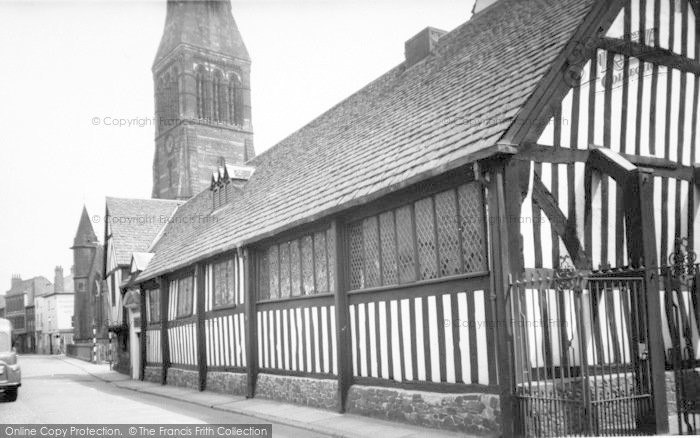 Photo of Leicester, The Guildhall c.1955
