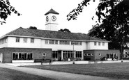 Leicester, the Pavilion, Victoria Park, London Road c1965