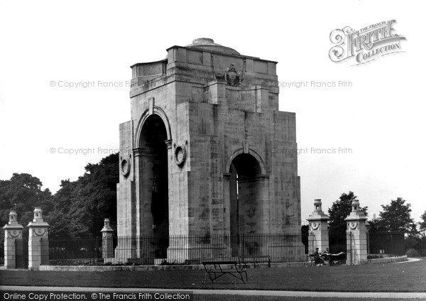 Photo of Leicester, The War Memorial, Victoria Park c.1955