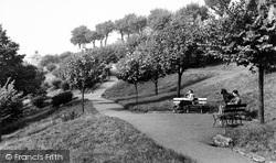 Leigh-on-Sea, Cliff Parade c.1955
