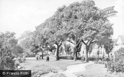 Leigh-on-Sea, Leigh Gardens c.1955