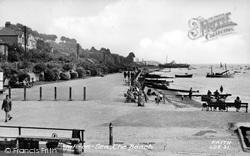 Leigh-on-Sea, The Beach c.1955