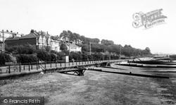 Leigh-on-Sea, The Beach c.1960