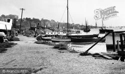 Leigh-on-Sea, The Moorings c.1950