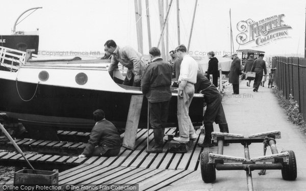 Photo of Leigh On Sea, Viewing The Yacht, The Yacht Station c.1965