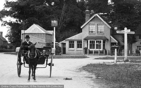 Photo of Leigh, The Crossroads 1906