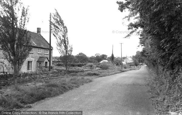 Photo of Leigh, The Village c.1960