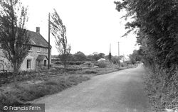 The Village c.1960, Leigh