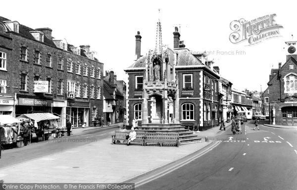 Photo of Leighton Buzzard, High Street c.1965