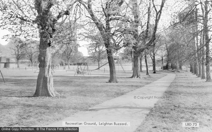 Photo of Leighton Buzzard, Recreation Ground c.1965