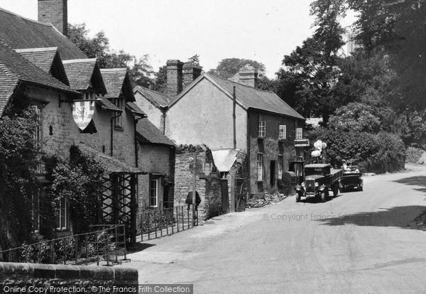 Photo of Leintwardine, High Street c.1950
