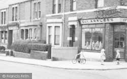 Lemington, Grocer In Tyne View c.1950