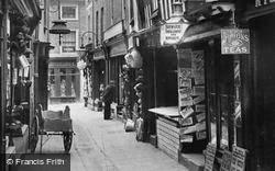 Leominster, Drapers Lane 1904